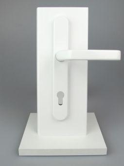 Kování s úzkým štítkem Liverpool, klika-klika, 8/92mm, 67-72mm, bílá