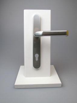 Kování s úzkým štítkem Liverpool, klika-klika, 8/92mm, 67-72mm, F1-stříbrná